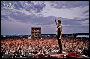 La industria musical reacciona ante la muerte del frontman de Suicide Silence, Mitch Lucker