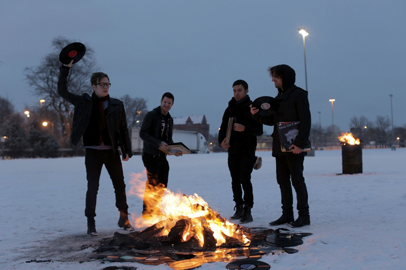 Nueva imagen de promo de Fall Out Boy