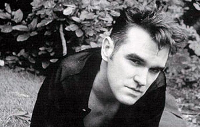 Morrissey no podrá continuar con su gira debido a su estado de salud