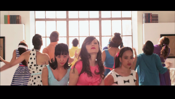 """I Could've Been Your Girl"" es el nuevo video de She & Him"