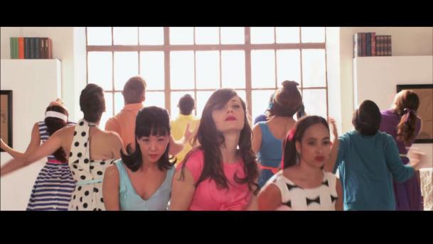 """I Could've Been Your Girl"" es el nuevo video de She & Him"