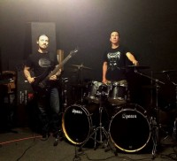 The Devil You Know es el nombre de la nueva banda de Howard Jones