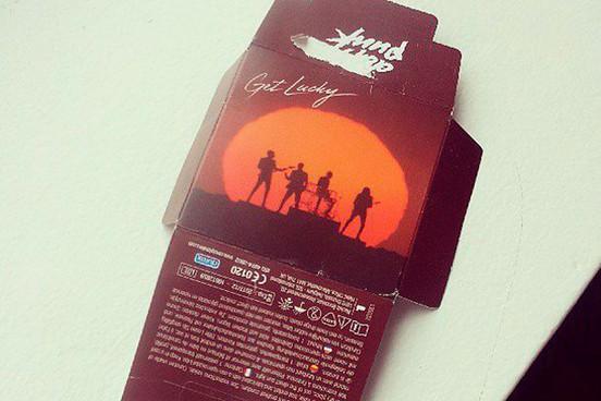 """Foto: Condones """"Get Lucky"""" de Daft Punk / Vía: Instagram de Diplo"""